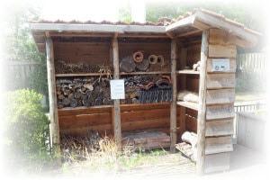 Een bijenhotel zelf maken